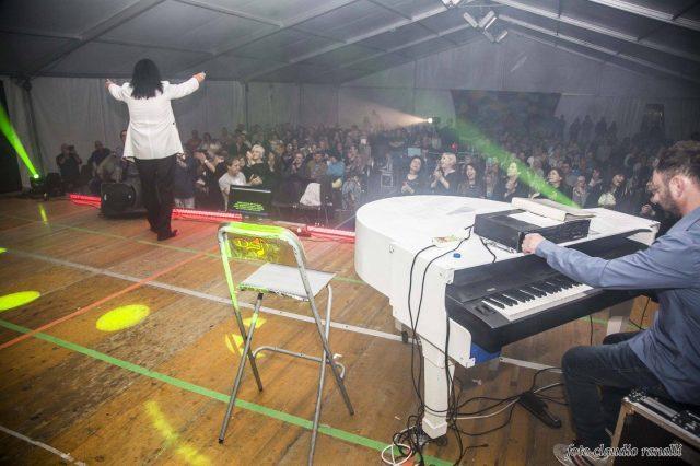 Daniele Si Nasce - Piano e voce
