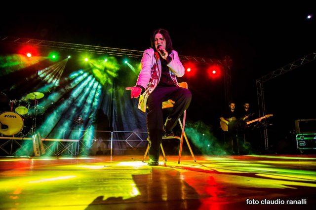 Daniele Si Nasce - Col gruppo musicale